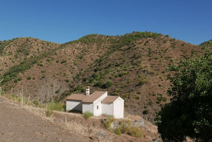 2 bedroom Finca/Country House for sale in El Chorro - € 99,950 (Ref: 5459124)