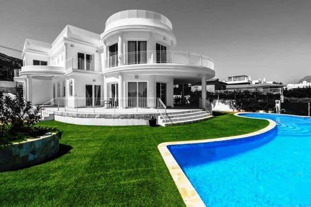 5 bedroom Villa for sale in Albir with pool - € 3,375,000 (Ref: 4824881)