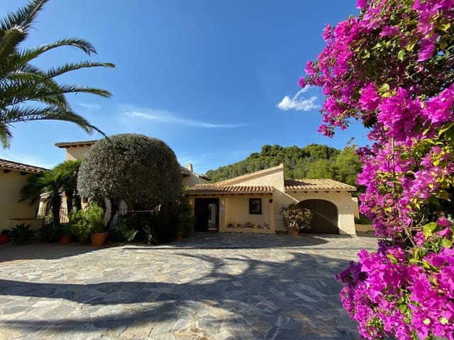 2 soveværelse Villa til leje i Altea la Vella med swimmingpool - € 2.000 (Ref: 5304608)