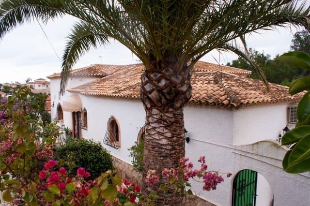 4 quarto Moradia para venda em Denia com piscina garagem - 375 000 € (Ref: 6190338)