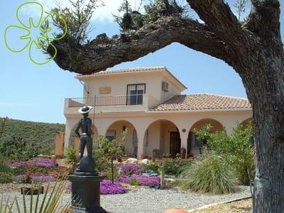 4 Zimmer Villa zu verkaufen in Pocicas mit Garage - 265.500 € (Ref: 5002779)