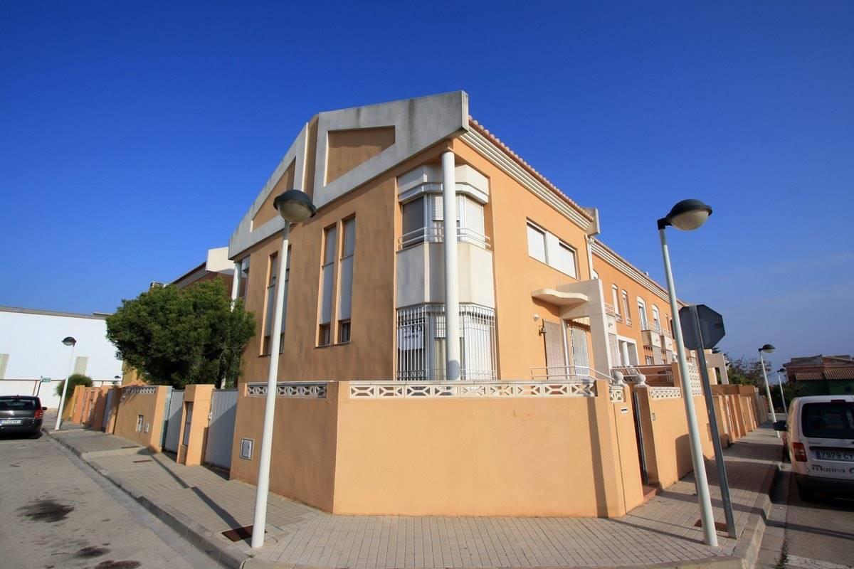 Casa de 4 habitaciones en Ondara en venta con garaje - 166.500 € (Ref: 2851219)