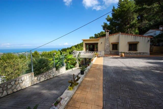 Chalet de 4 habitaciones en Benimeli en venta con piscina - 295.000 € (Ref: 4288990)