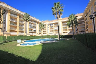 2 bedroom Penthouse for sale in Denia with pool - € 187,000 (Ref: 5185620)