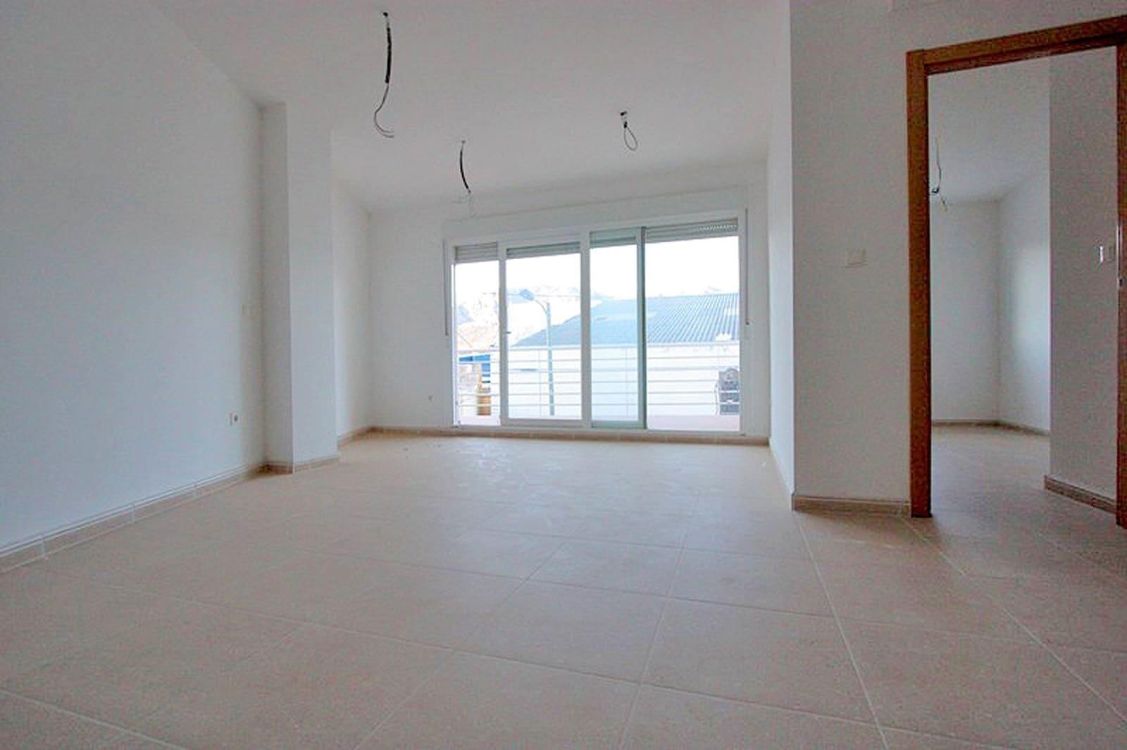 Apartamento de 2 habitaciones en Beniarbeig en venta - 75.000 € (Ref: 647576)