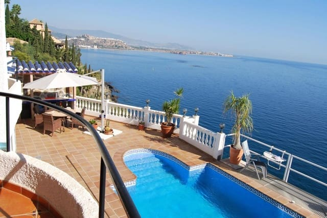 4 bedroom Villa for sale in Salobrena with pool - € 620,000 (Ref: 3636612)
