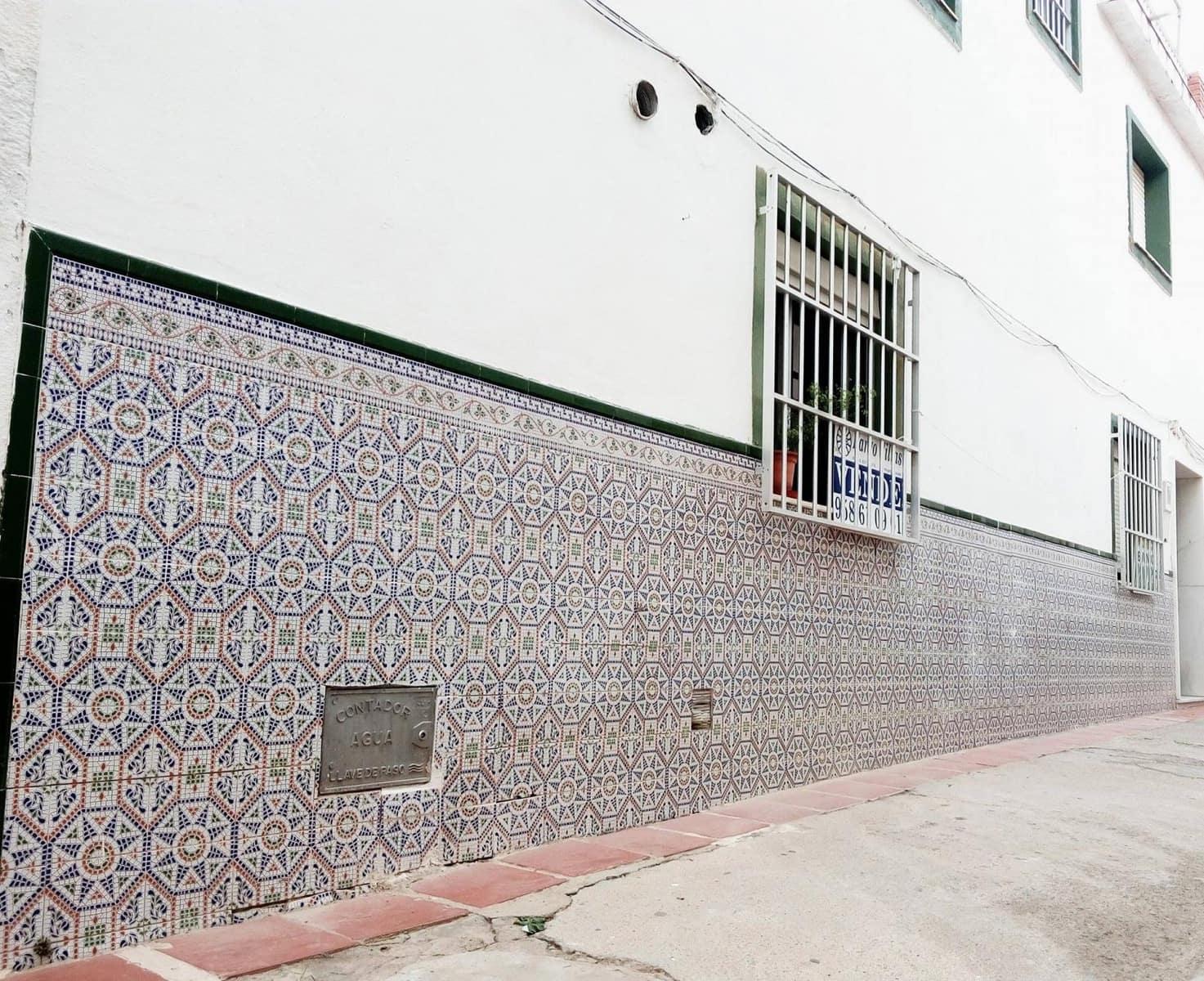 Casa de 3 habitaciones en Molvízar en venta - 130.000 € (Ref: 3938791)