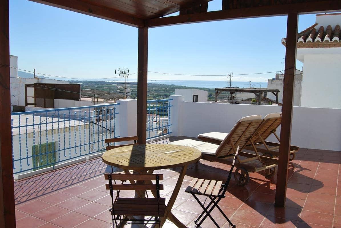 Casa de 2 habitaciones en Salobreña en venta - 155.000 € (Ref: 4241863)