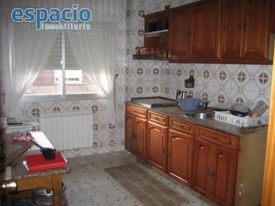 3 bedroom Flat for sale in Ponferrada with garage - € 117,000 (Ref: 1729897)