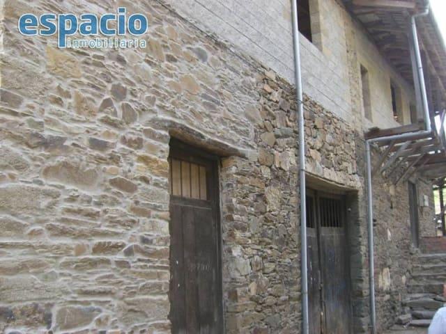 8 Zimmer Villa zu verkaufen in Villanueva de Valdueza - 90.000 € (Ref: 1883560)
