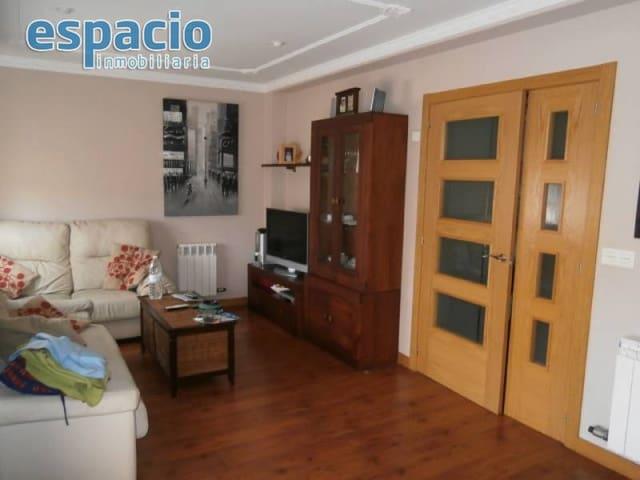 Pareado de 3 habitaciones en Molinaseca en venta con garaje - 140.000 € (Ref: 2023815)