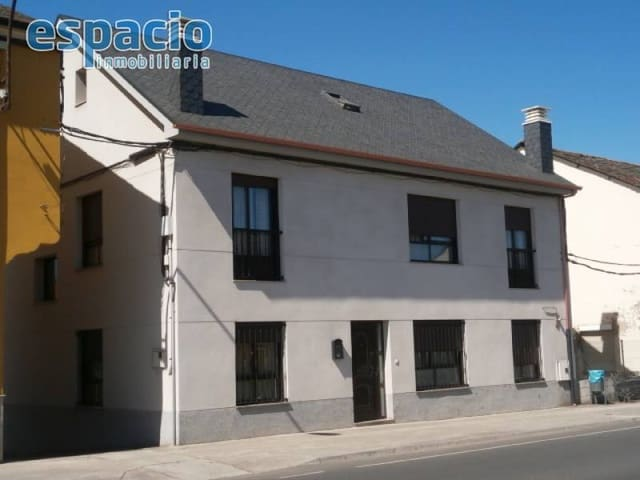 6 camera da letto Villa in vendita in Camponaraya con garage - 220.000 € (Rif: 2045108)