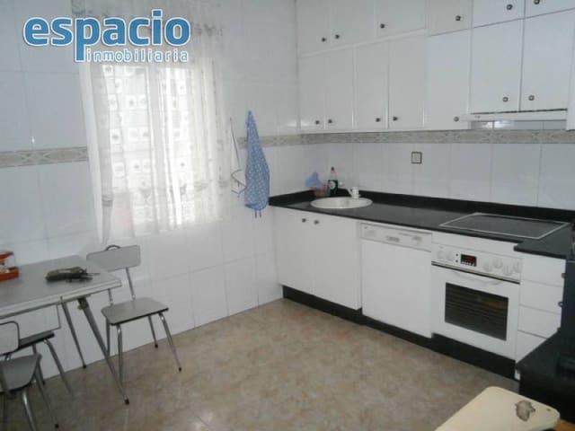 3 soveværelse Lejlighed til salg i Ponferrada - € 96.000 (Ref: 2156417)