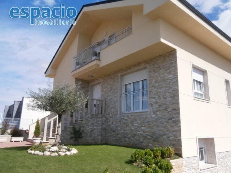 4 camera da letto Villa in vendita in Camponaraya con garage - 270.000 € (Rif: 2254141)