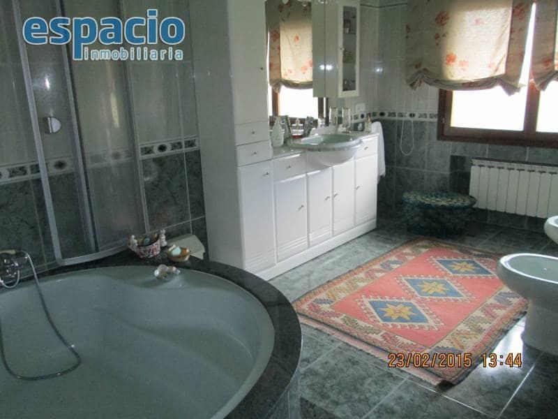 4 soverom Rekkehus til salgs i Ponferrada - € 350 000 (Ref: 2733761)