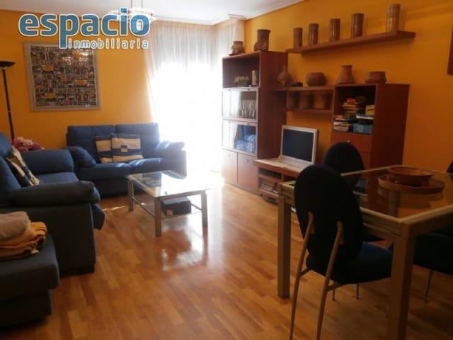 3 sovrum Lägenhet till salu i Ponferrada med garage - 150 000 € (Ref: 2733788)