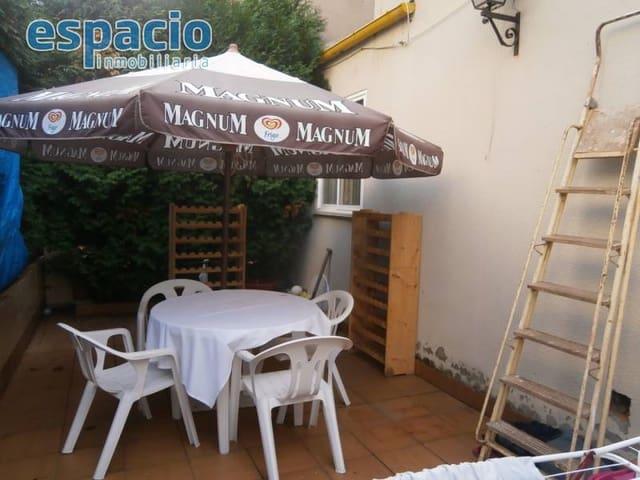 4 soverom Rekkehus til salgs i Molinaseca med garasje - € 95 000 (Ref: 2733806)