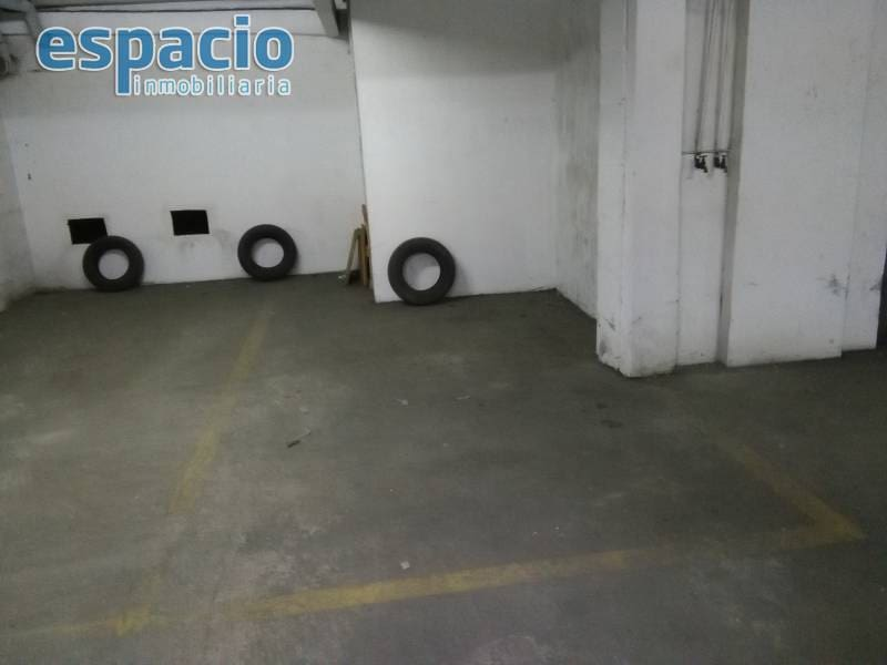 Garage for sale in Ponferrada - € 12,000 (Ref: 2733911)