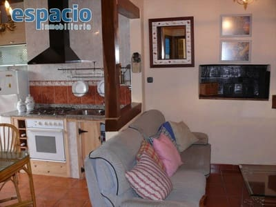 2 bedroom Villa for sale in Valle de Finolledo with garage - € 82,000 (Ref: 3604410)