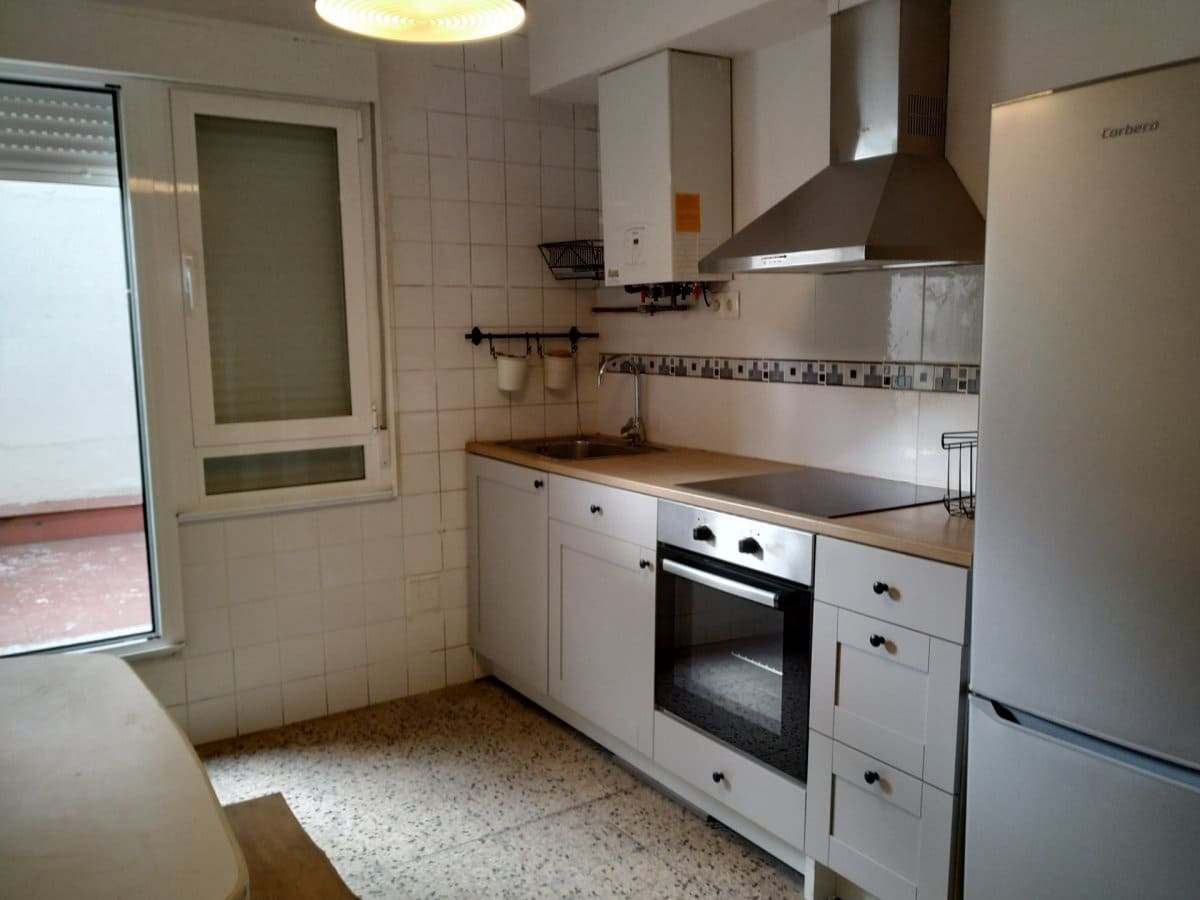 3 slaapkamer Flat te huur in Ponferrada - € 370 (Ref: 4978250)