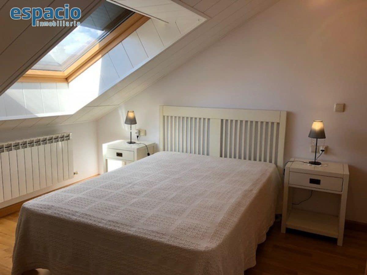1 slaapkamer Appartement te huur in Ponferrada met garage - € 420 (Ref: 5093234)