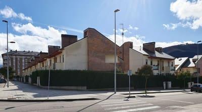 4 bedroom Semi-detached Villa for sale in Ponferrada with pool garage - € 300,000 (Ref: 5120556)