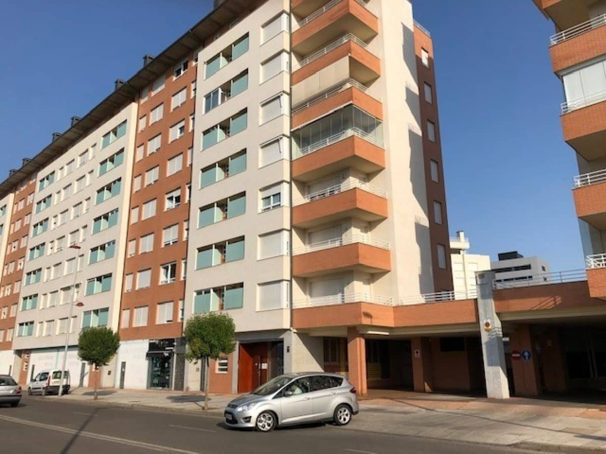 Garage for sale in Ponferrada - € 8,900 (Ref: 5648558)