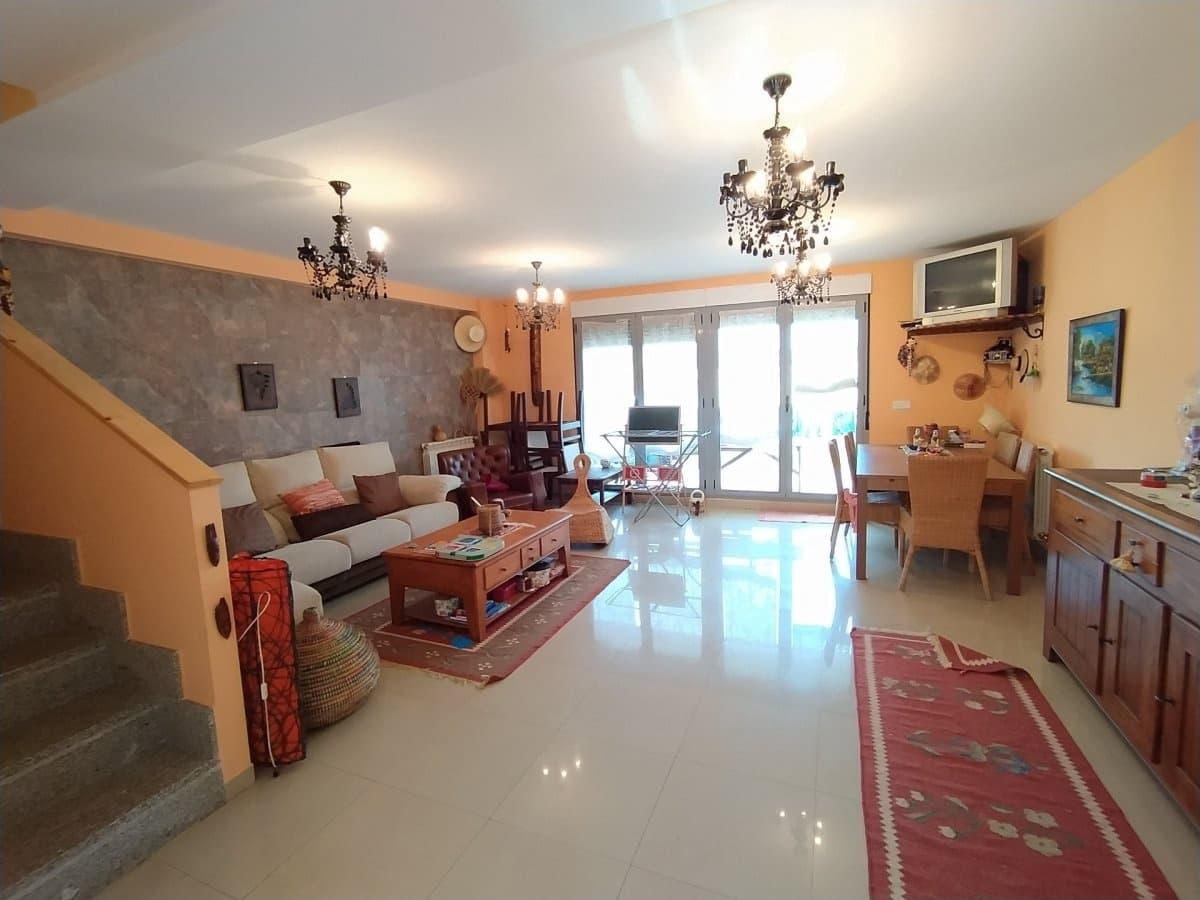 4 soverom Rekkehus til salgs i Cubillos del Sil - € 170 000 (Ref: 5692997)
