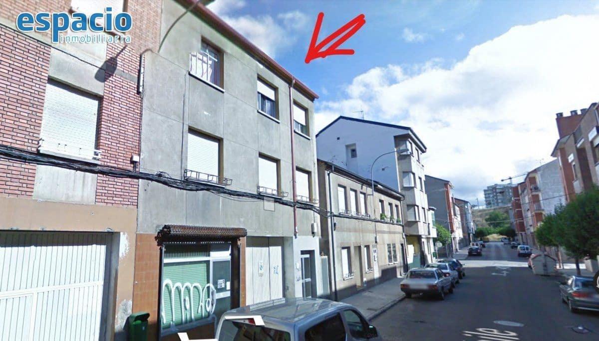 Huis te koop in Ponferrada met garage - € 100.000 (Ref: 5840755)