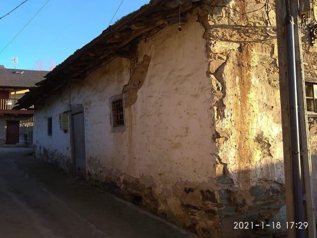 3 bedroom Villa for sale in Toral de Merayo - € 49,000 (Ref: 6175525)