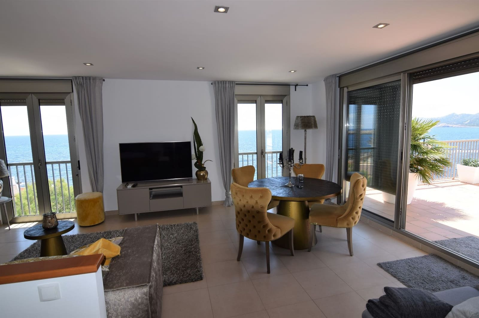 3 sovrum Takvåning att hyra i Cala Ratjada - 2 600 € (Ref: 5360302)
