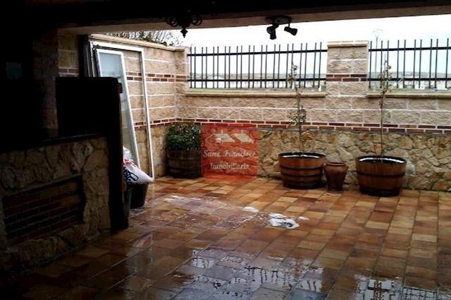 4 chambre Villa/Maison Mitoyenne à vendre à Hontanares de Eresma avec garage - 160 000 € (Ref: 3830087)