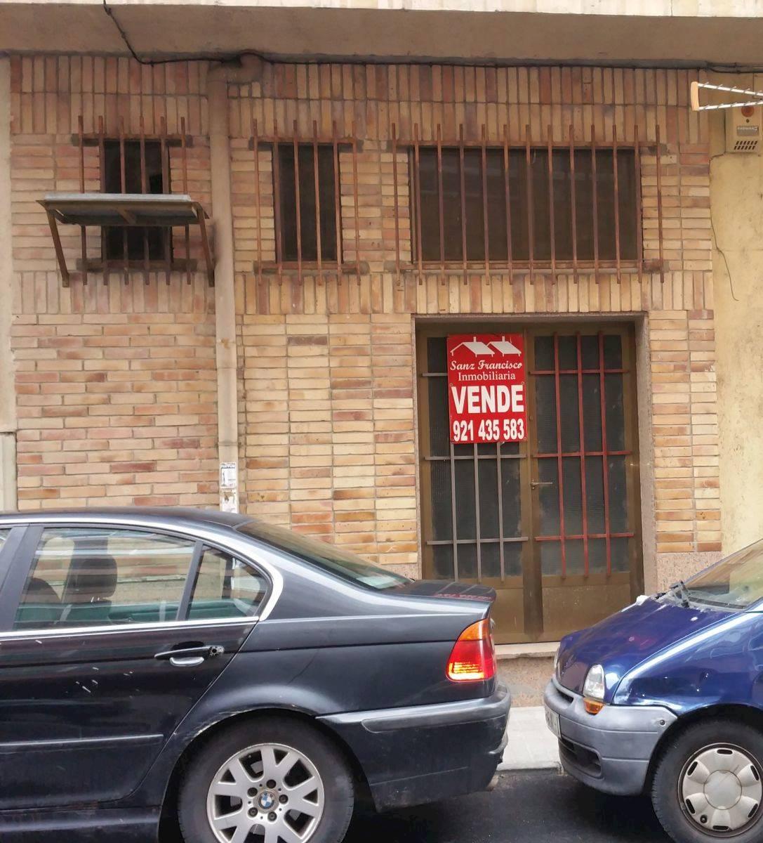Komercyjne na sprzedaż w Miasto Segowia - 40 000 € (Ref: 3830124)