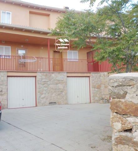 3 sovrum Radhus till salu i La Losa med garage - 90 000 € (Ref: 3830161)