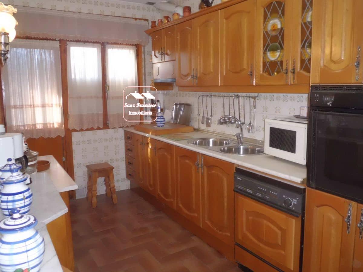 4 sypialnia Mieszkanie na sprzedaż w Revenga - 95 000 € (Ref: 4696130)