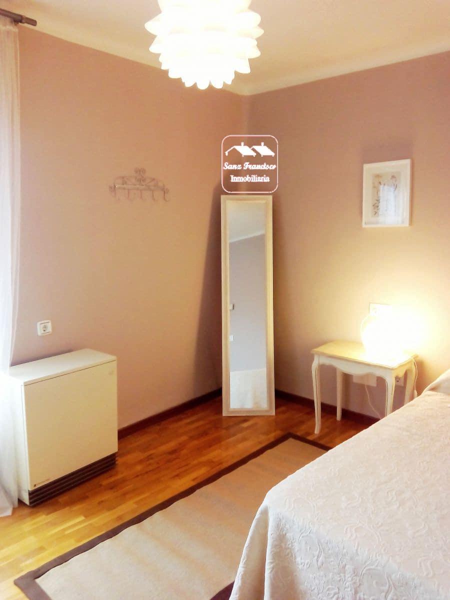 4 slaapkamer Flat te huur in Segovia stad - € 1.200 (Ref: 5756610)