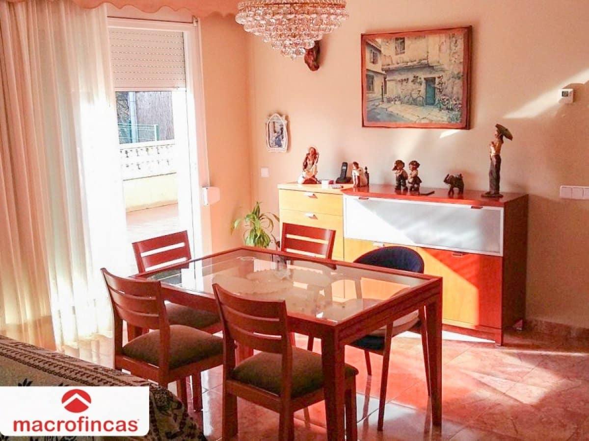 Chalet de 4 habitaciones en Esparreguera en venta - 425.000 € (Ref: 4967669)