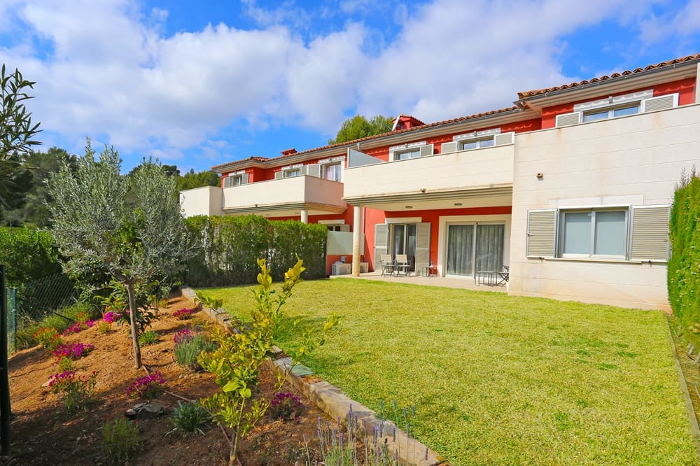 4 slaapkamer Rijtjeshuis te huur in Cala Vinyes / Cala Vinyas / Cala Vinas met zwembad - € 2.800 (Ref: 5575282)