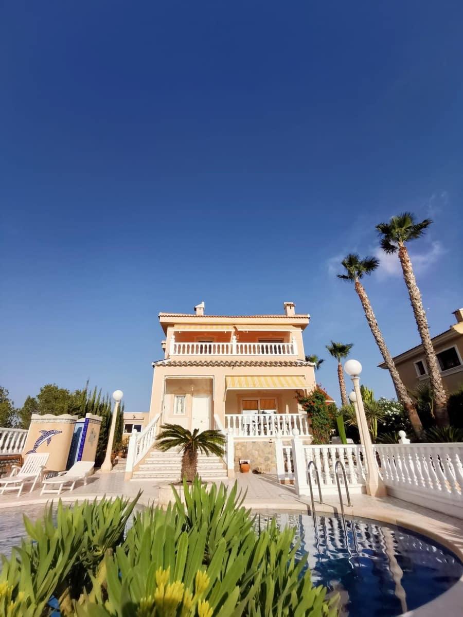 3 soverom Villa til salgs i Ciudad Quesada med svømmebasseng - € 650 (Ref: 4836011)