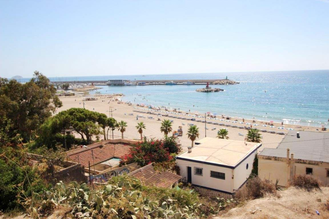 Solar/Parcela en La Villajoyosa / Vila Joiosa en venta - 2.100.000 € (Ref: 3145138)