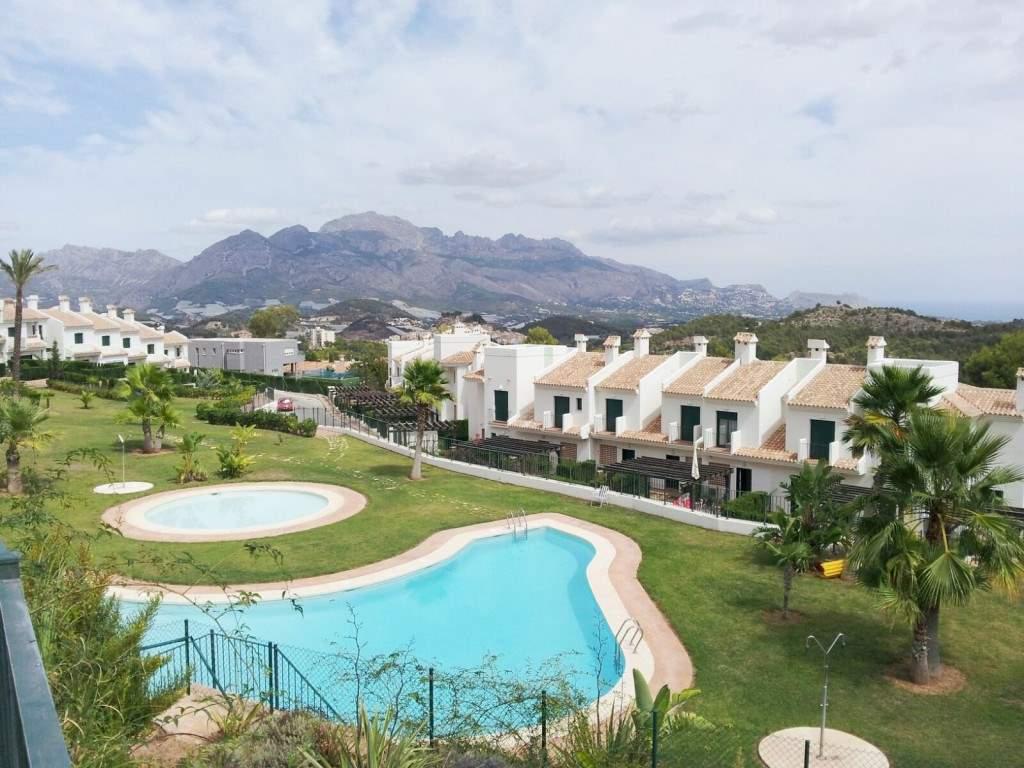 Bungalow de 2 habitaciones en Polop en venta con piscina - 135.000 € (Ref: 3278712)