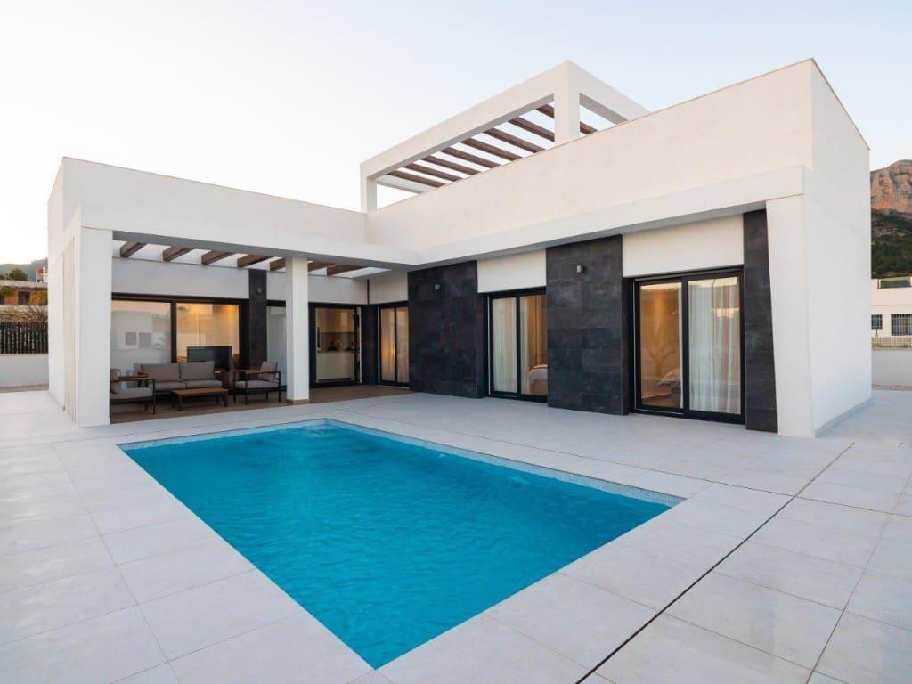 Chalet de 3 habitaciones en Polop en venta con piscina - 320.000 € (Ref: 5055150)