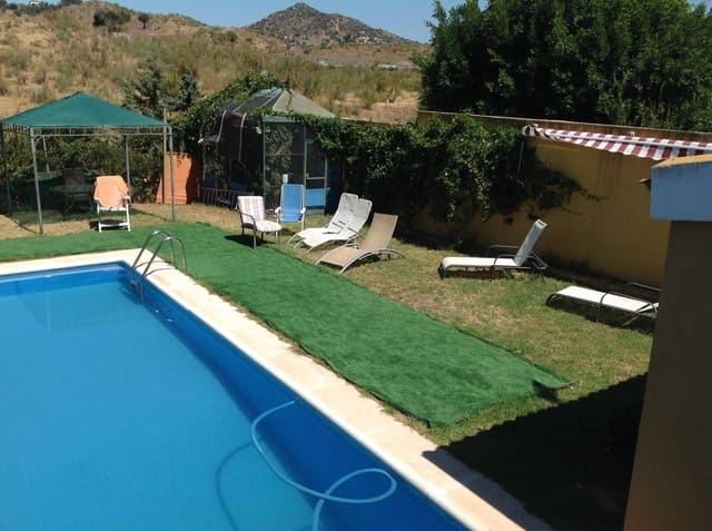 9 sovrum Villa till salu i Puerto de la Torre med pool garage - 554 000 € (Ref: 4357116)