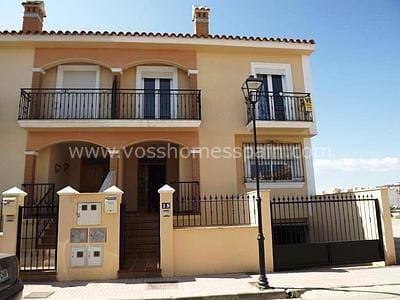 Apartamento de 4 habitaciones en Huércal-Overa en venta - 275.000 € (Ref: 5349495)