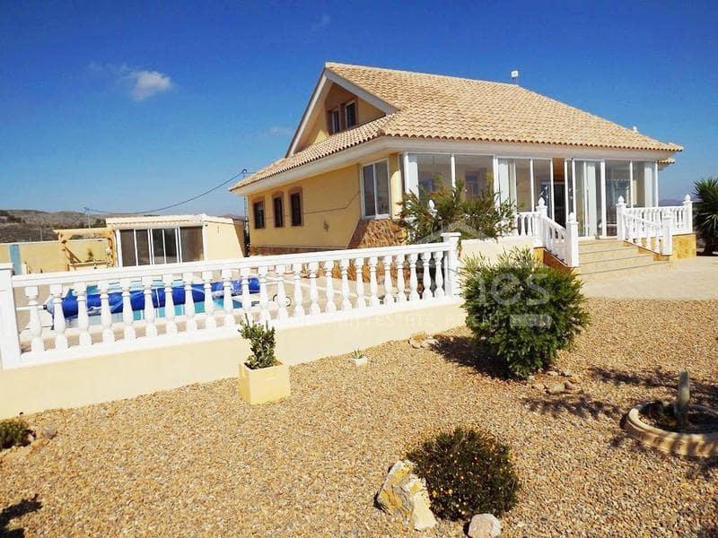Chalet de 4 habitaciones en Puerto Lumbreras en venta con piscina - 275.000 € (Ref: 5349545)