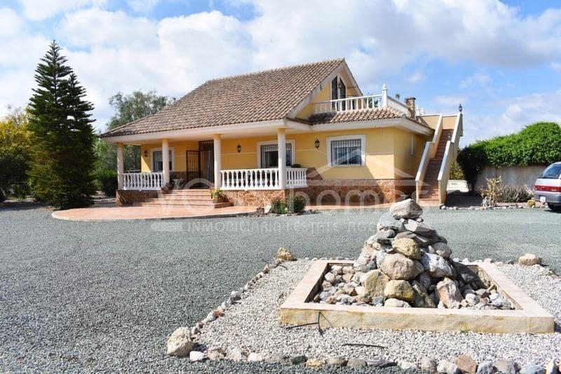 Chalet de 4 habitaciones en Puerto Lumbreras en venta con piscina - 225.000 € (Ref: 5349587)