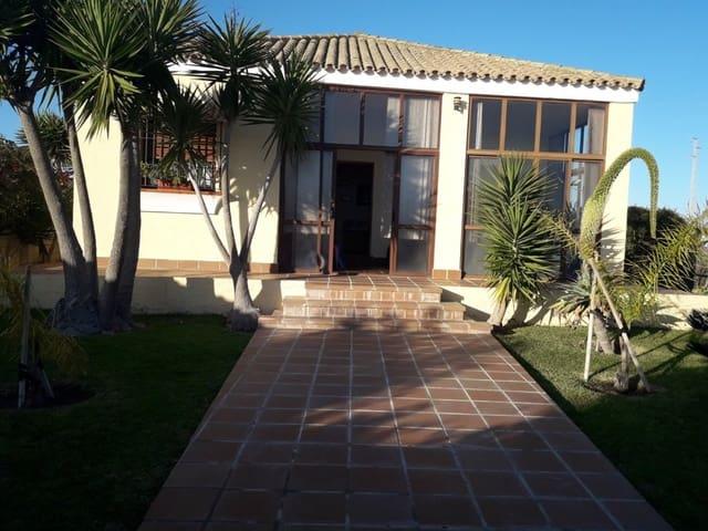 2 soveværelse Villa til leje i Conil de la Frontera med swimmingpool garage - € 1.500 (Ref: 5819766)