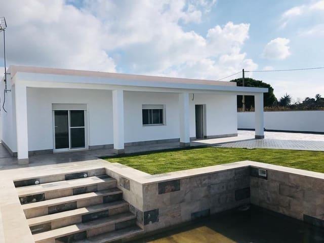 3 makuuhuone Huvila vuokrattavana paikassa Chiclana de la Frontera mukana uima-altaan - 1 650 € (Ref: 5871424)