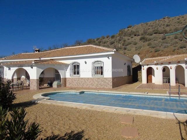 4 quarto Moradia para venda em Saliente Alto com piscina - 199 950 € (Ref: 3690561)