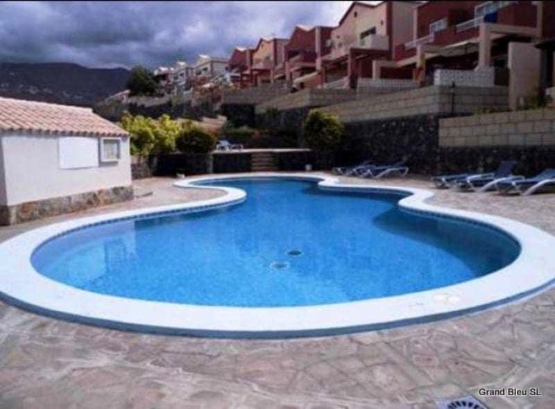 3 slaapkamer Villa te huur in Adeje met zwembad - € 1.200 (Ref: 5096516)